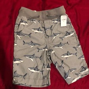 Gap shorts for boys